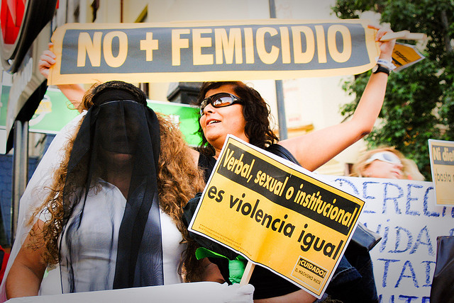Países da América Latina têm alta taxa de feminicídio, segundo levantamento da entidade suíça Small Armns Survey (Foto: Flickr/Sergio/CC)