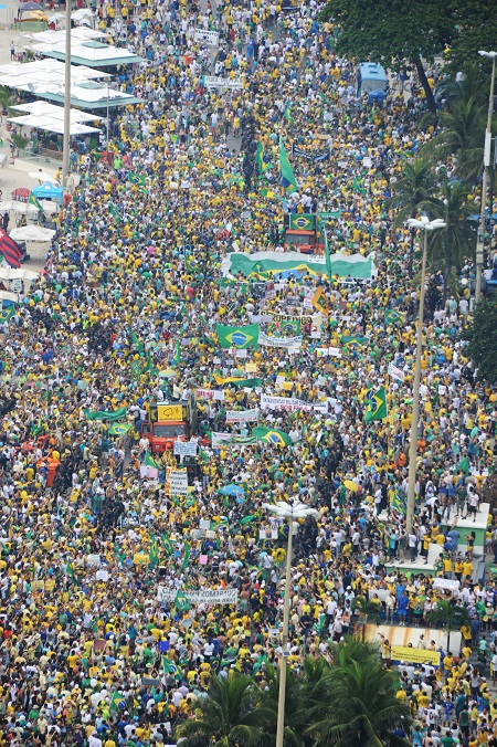 Manifestação pelo impeachment da presidenta Dilma Rousseff no Rio de Janeiro em 15 de março de 2015. Foto: Tasso Marcelo / Fotos Públicas
