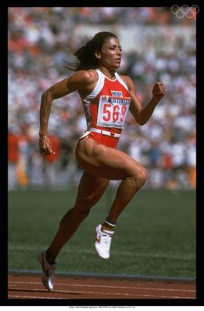 Florence Griffith-Joyner durante os Jogos Olímpicos de Seul, em 1988 (Foto: Olympics.org)