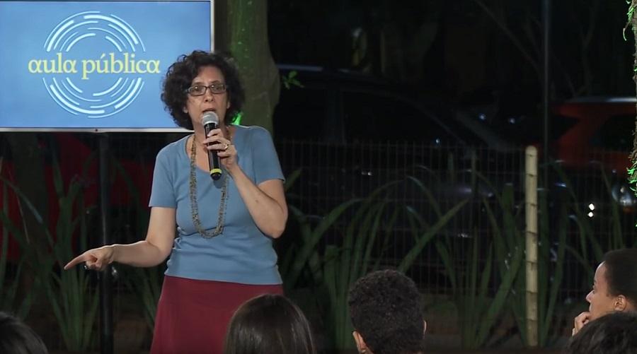 Resultado de imagem para Aula Pública Opera Mundi - Heloísa Buarque de Almeida: Gênero se aprende na escola?