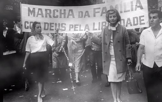http://www.operamundi.com.br/media/images/marcha%20da%20familia%202.jpg