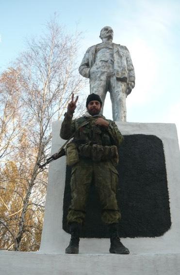 Rafael Lusvargui, 30, se alistou como voluntário pró-russo em novembro de 2014
