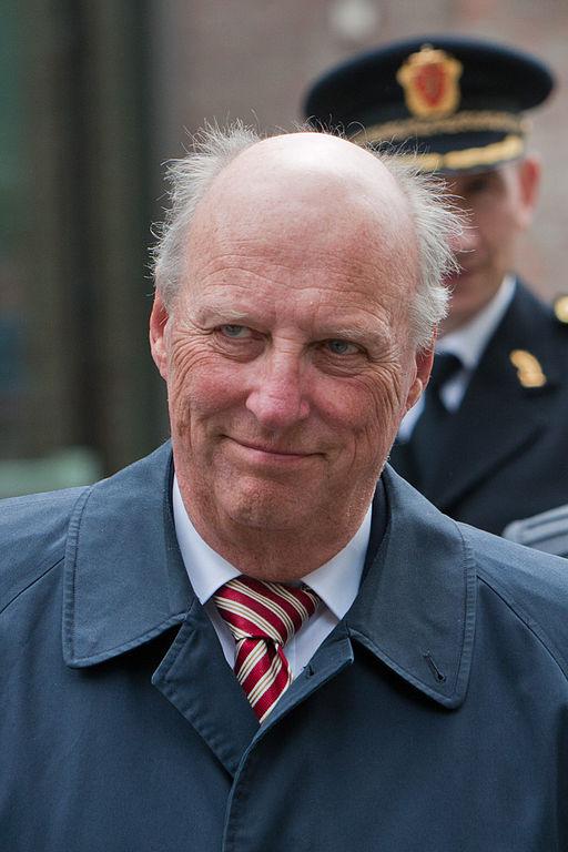 Rei Harald V: país ainda é uma monarquia; rei é bastante popular entre noruegueses