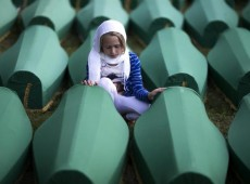 Sobrevivente de Srebrenica culpa sérvios, holandeses e ONU: pensar que estava protegido foi 'tremendo engano'