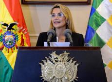 Presidente autoproclamada da Bolívia chama golpe de Estado contra Morales de 'revolução'