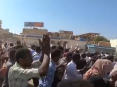 Líderes de protestos no Sudão apresentam demandas ao poder militar