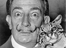 Hoje na História: 1989 - Salvador Dalí, ícone do surrealismo, morre na Catalunha aos 84 anos
