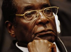 Mugabe quer deixar Presidência do Zimbábue, diz ex-ministro