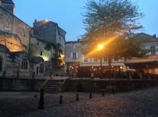 Bordeaux oferece passeios de bicicleta entre vinícolas e deslumbrantes paisagens naturais