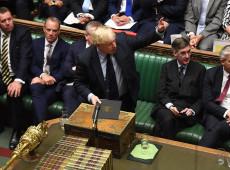Parlamento britânico rejeita moção para convocar eleições gerais