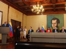 Venezuela: governo anuncia acordo com parte da oposição e instala mesa de diálogo permanente