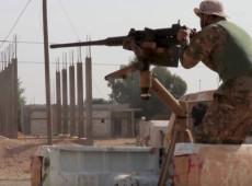 Tropas sírias e turcas começam a se enfrentar no norte da Síria