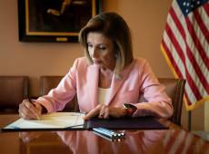 Presidente da Câmara dos EUA inicia redação de artigos do impeachment contra Trump
