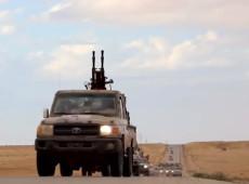 Líbia: Tropas do general Hafter iniciam ofensiva contra governo em Trípoli