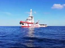 Justiça da Itália ordena desembarque dos migrantes do navio da Open Arms em Lampedusa