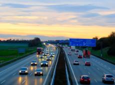 Governo alemão rejeita limite de velocidade nas autobahns