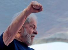 Lula discursa no Sindicato dos Metalúrgicos do ABC
