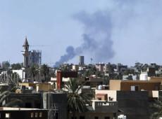 Número de mortos por conflitos na Líbia chega a 400