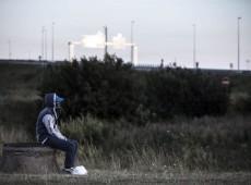 Ativista: França lida com tragédias no mundo, mas não quer atender refugiados em Calais