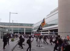 População toma ruas de Barcelona após condenação de líderes independentistas