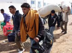 Líbia: mais de 4,5 mil pessoas fugiram num só dia de Trípoli, afirma ONU