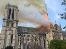 Investigadores encontram bitucas de cigarro nas obras do telhado da Notre-Dame