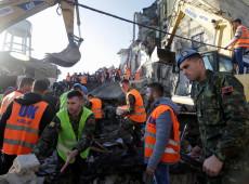 Maior terremoto em décadas deixa mortos na Albânia