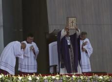 Papa Francisco pede que se faça do México país 'sem emigração' e 'traficantes da morte'