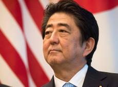 Premiê do Japão é reeleito como líder de seu partido