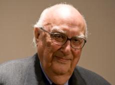 Morre, aos 93 anos, o escritor italiano Andrea Camilleri