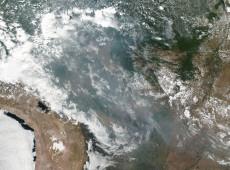 Nasa divulga imagens de fumaça de queimadas na Amazônia cobrindo o Brasil