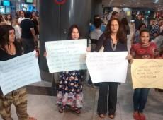Mãe e filha que se refugiaram na embaixada de Oslo chegam ao Brasil