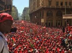 África do Sul: Milhares fazem greve contra salário mínimo abaixo da linha da pobreza