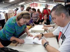 Se encerram eleições presidenciais em El Salvador e TSE inicia apuração