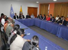 Moreno recua e revoga decreto que provocou reajuste de combustíveis no Equador