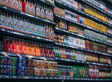 Bebidas açucaradas aumentam risco de câncer, aponta estudo