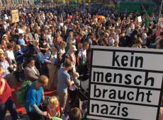 Ato contra intolerância reúne milhares em Berlim