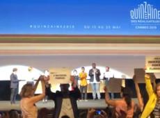 Projeção em Cannes é palco de protesto em apoio às universidades públicas brasileiras