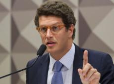 Em Berlim, Salles questiona contribuição humana na mudança climática