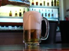 Universidade na Espanha discute benefícios da reidratação com cerveja após exercícios físicos
