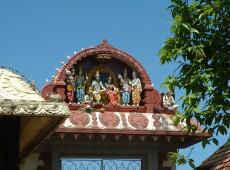 Protestos contra a abertura de templo a mulheres geram confrontos na Índia