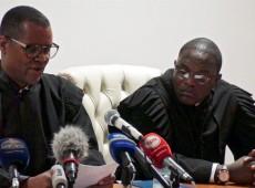 Angola condena 17 ativistas a até oito anos de prisão por 'conspiração contra presidente'
