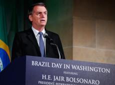 Nos EUA, Bolsonaro fala em 'resolver questão da Venezuela'