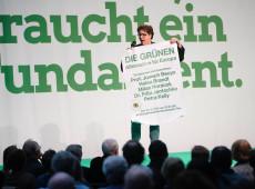 Verdes superam partido conservador de Merkel em pesquisa