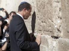 Ortodoxos perdem força em pleito municipal marcado por reeleições em Israel