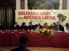 Mudança de governo deve acontecer com eleições, não com um golpe, diz Roberto Requião em Lisboa