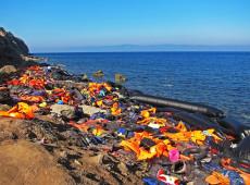 Cerca de mil migrantes morreram tentando atravessar Mediterrâneo em 2019, aponta ONU
