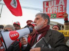 'Neoliberalismo não contava com uma coisa chamada povo', diz Celso Amorim
