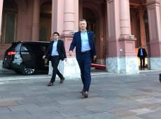Macri descarta mudança em gabinete e culpa kirchnerismo por reação do mercado