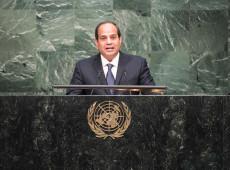 Parlamento do Egito aprova ampliação do mandato de Al Sisi